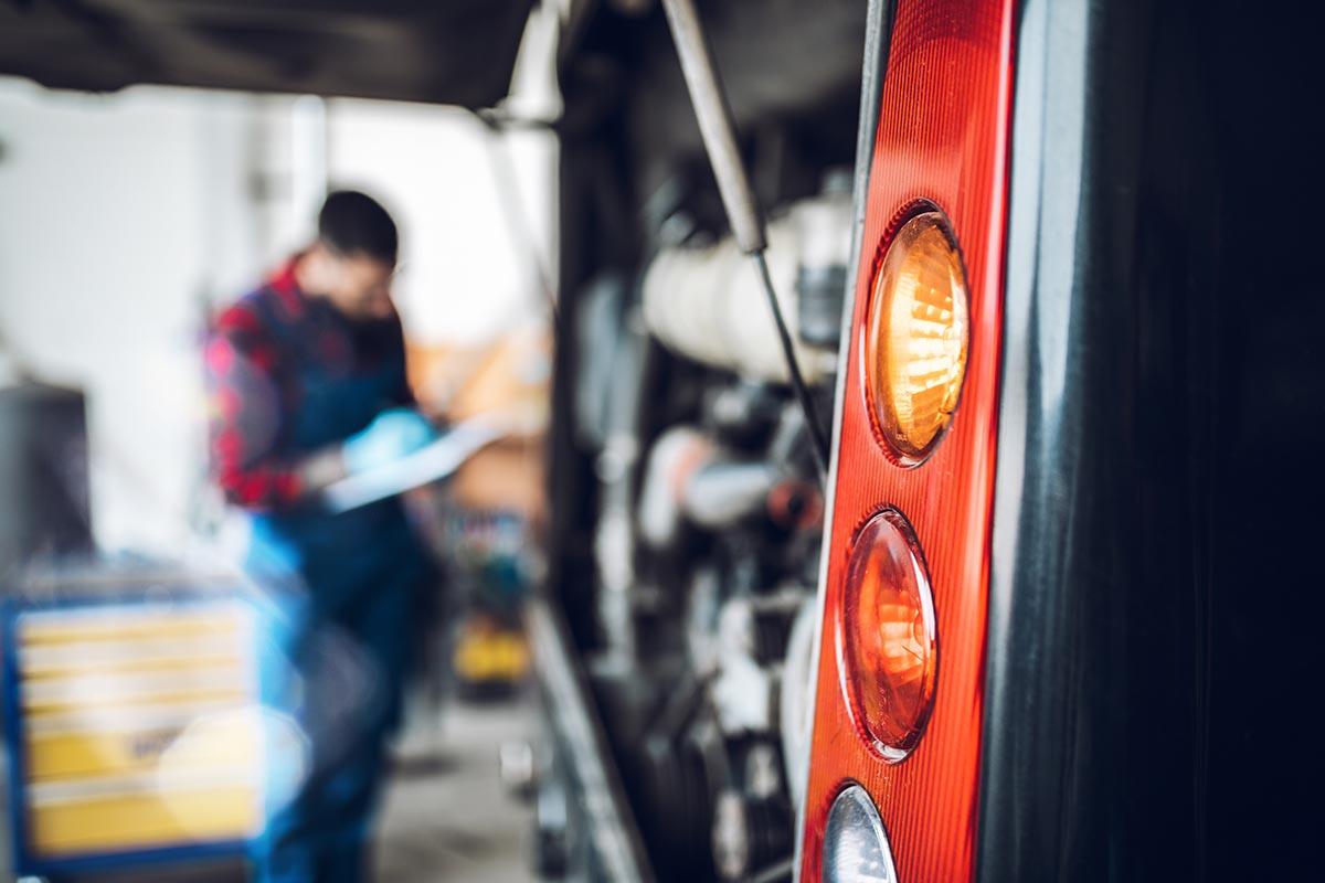 How to Set Up a Bus Fleet Maintenance Plan